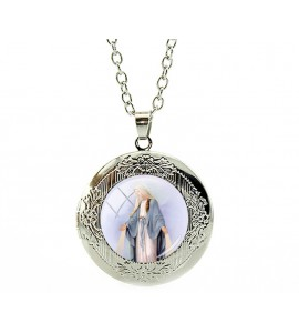 Beautiful timeless Mother Mary Necklace
